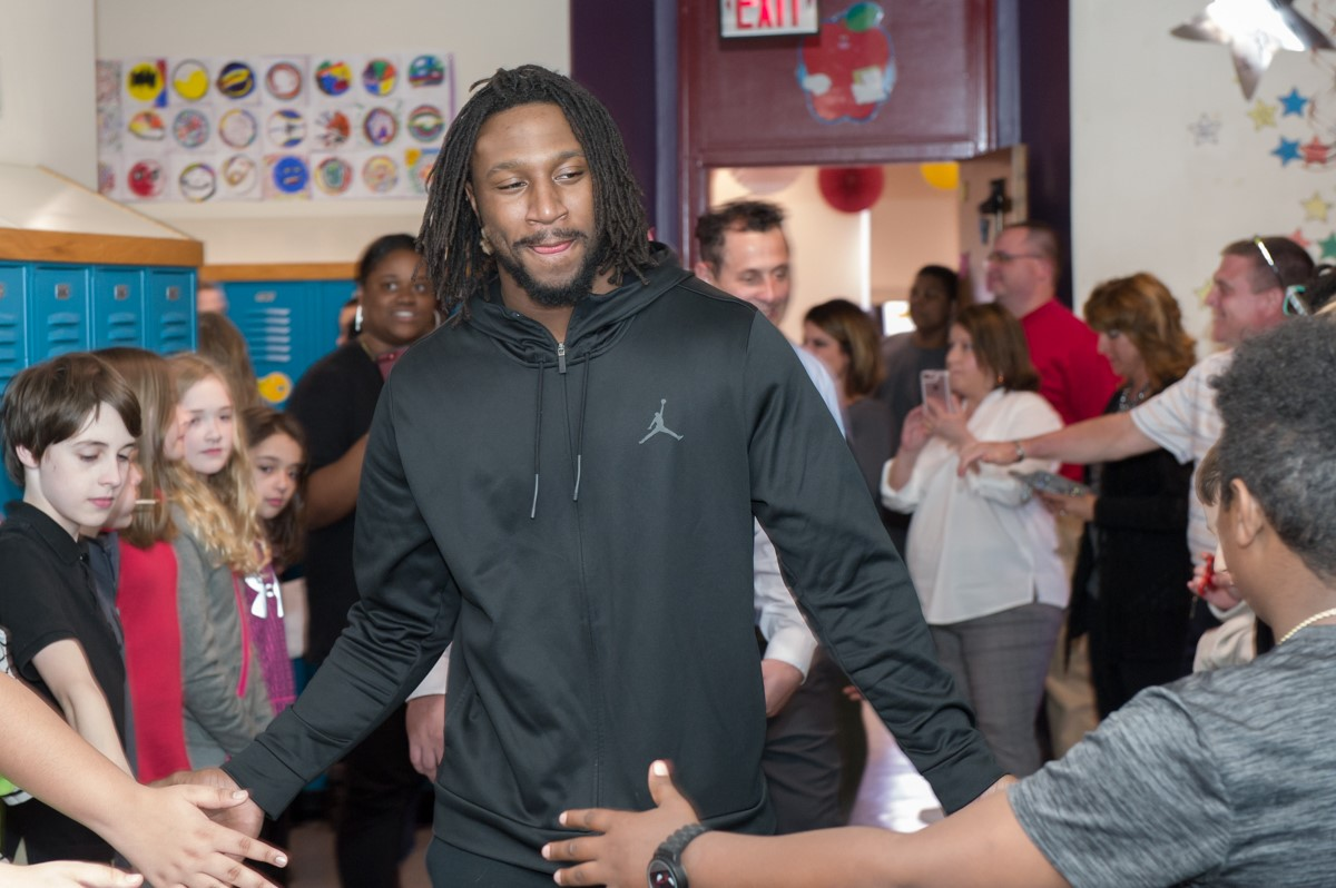 Malik Hooker visits students at George Washington